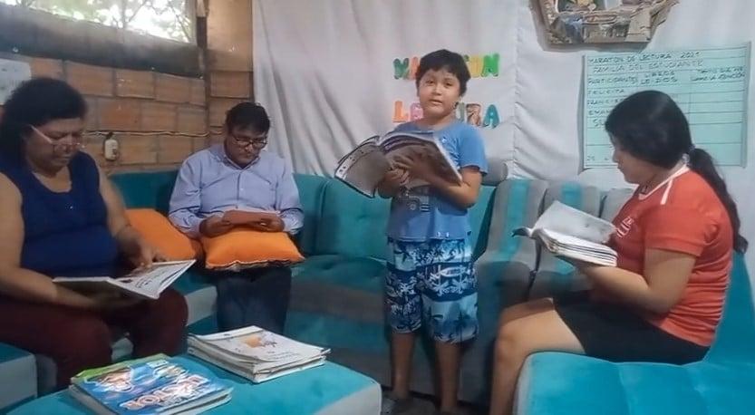 PADRES E HIJOS EN FAMILIA PARTICIPARON  DE LA MARATÓN PERUANA Y LATINOAMERICANA DE LECTURA EN LA REGIÒN SAN MARTIN